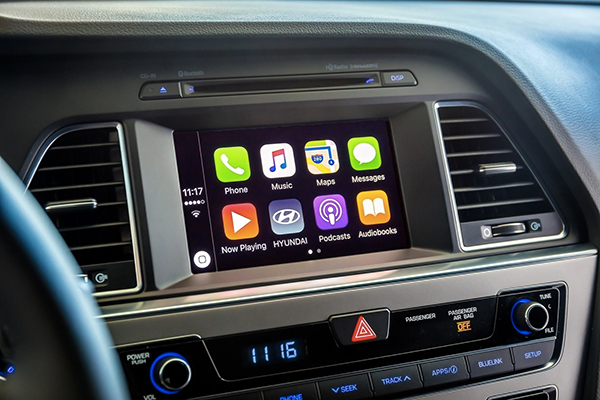 hyundai une mise jour logicielle apportant carplay. Black Bedroom Furniture Sets. Home Design Ideas