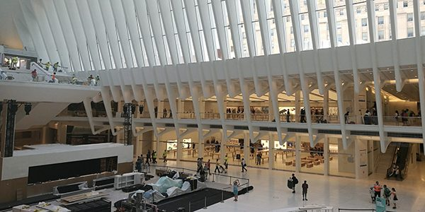 ouverture-du-nouvel-apple-store-dans-loculus-du-world-trade-center