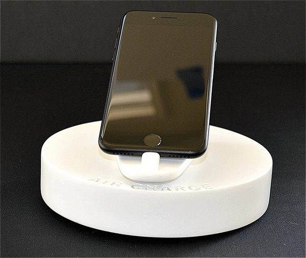 air-charge-une-station-de-charge-en-levitation-pour-iphone-7-plus_2