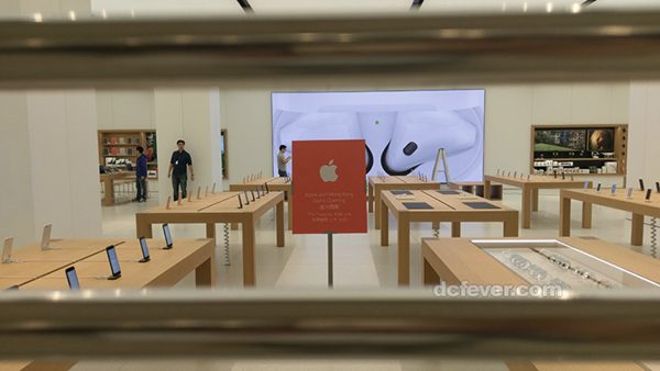 apple-sapprete-a-ouvrir-6e-boutique-a-hong-kong-photos