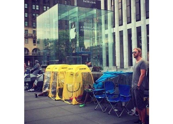 iphone-7-clients-campent-deja-devant-boutiques-apple
