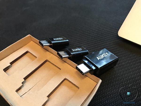 accessoires-aukey-pour-macbook-pro-iphone_3