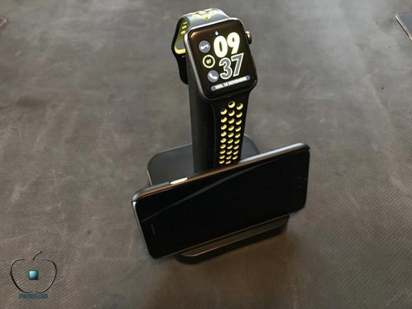 presentation-support-de-recharge-watchstand-apple-watch-de-griffin_2