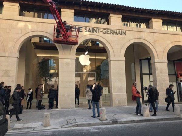 decouvrons-photos-nouvel-apple-store-parisien-marche-saint-germain_6