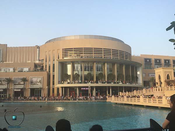 De nouvelles photos de l'Apple Store de Dubaï inauguré aujourd'hui !