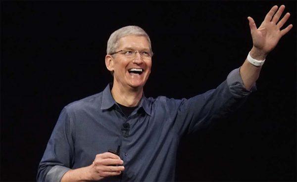Apple Watch, Tim Cook teste un accessoire pour mesurer le taux de glycémie