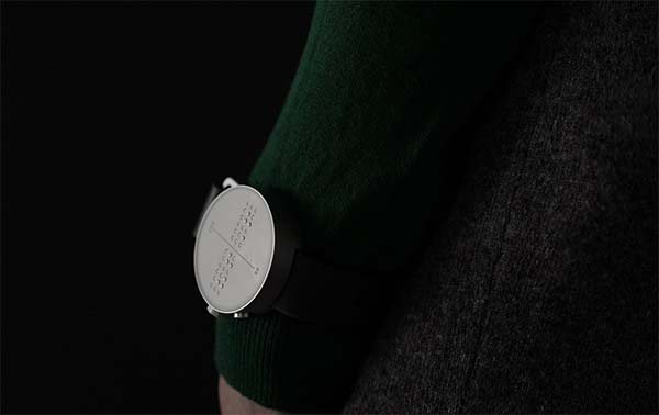 Dot In Corp invente la première smartwatch pour les personnes malvoyantes (compatible iOS/Android)