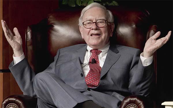 Warren Buffet explique pourquoi il croit toujours en Apple