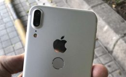 L'iPhone 8 a encore eu droit à son clone après celui de la fin mai, où cette fois, les photos montrent une prise en main de l'appareil.