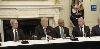 La Maison Blanche publie la vidéo du début du sommet technologique avec Tim Cook