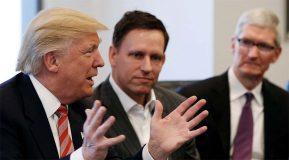 Donald Trump confirme qu'Apple prévoit de construire trois grosses usines aux États-Unis