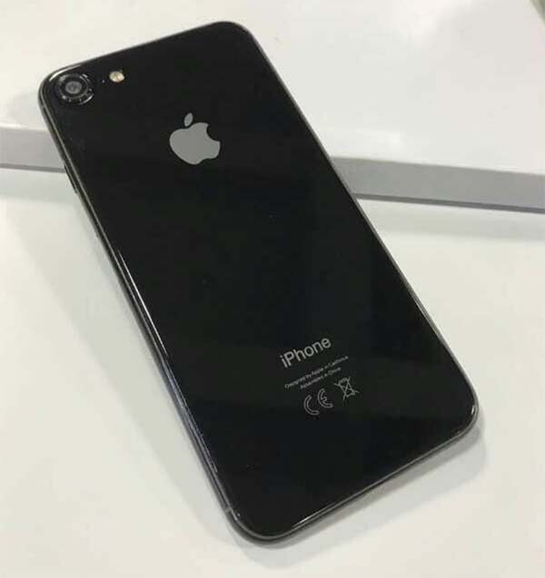 Et voici les iPhone 8, iPhone 7s et iPhone 7s Plus en photo avant la keynote !