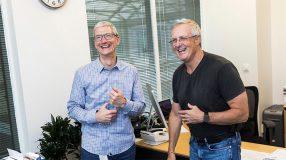 Bruse Sewell, SVP et l'avocat général d'Apple se retire et laisse sa place à Katherine Adams
