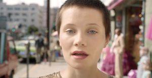 iPhone 8 Plus : Apple publie une nouvelle publicité dédiée au mode « Portrait Lighting »
