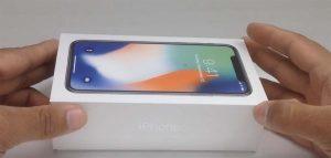 Nouveau déballage de l'iPhone X suivi de sa prise en main [Vidéo]