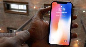 Dix ans après l'iPhone original, Steven Levy livre ses premières impressions sur l'iPhone X