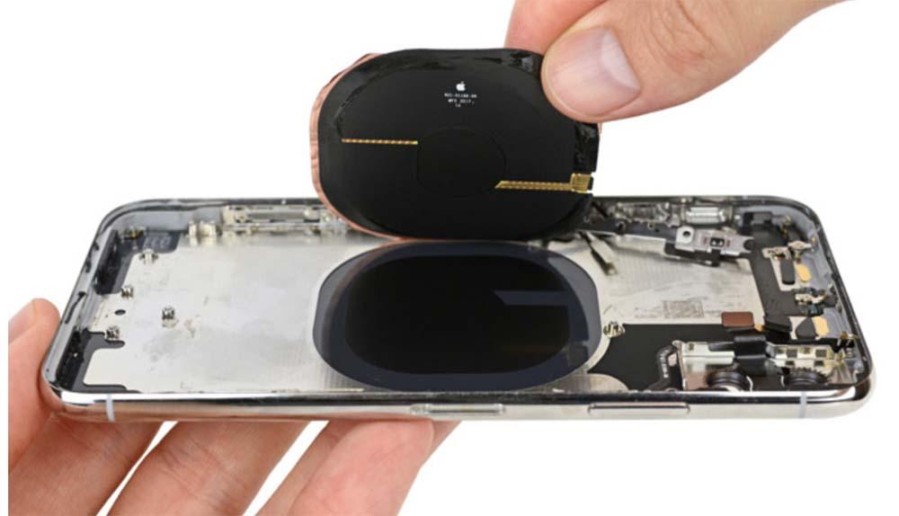 iPhone X de 2018 : un nouveau châssis en acier optimisé pour le rechargement sans fil