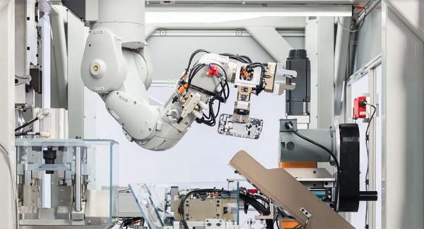 Daisy, le robot recycleur qui peut démonter jusqu'à 200 iPhone par heure