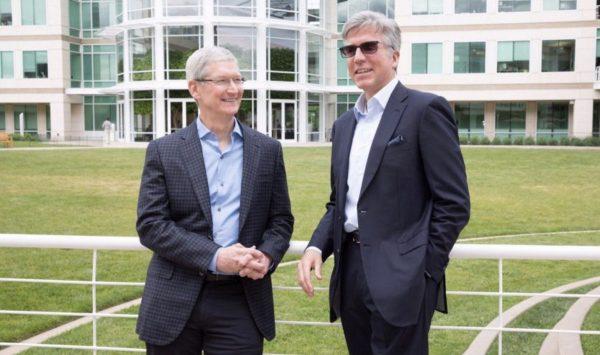 Tim Cook (Apple) et Bill McDermott (SAP)