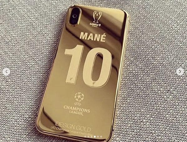 coques iphone or liverpool ligue des champions 600x456