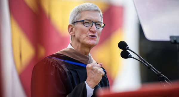 Tim Cook - Université de Stanford