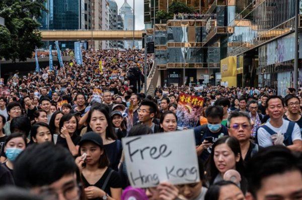 Hong Kong, AirDrop, censure chinoise