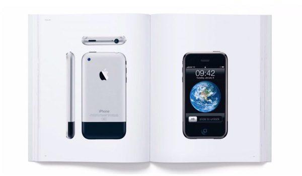 Livre Apple : Designed by Apple in California