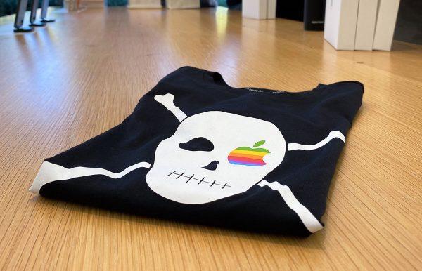 t-shirts pirates Apple