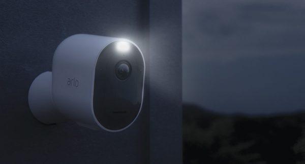 caméras connectées Arlo