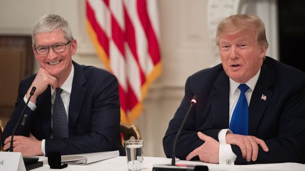Tim Cook et Donald Trump