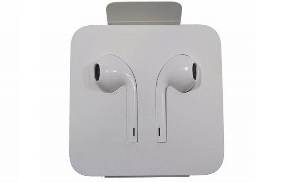 iPhone 12 - EarPods