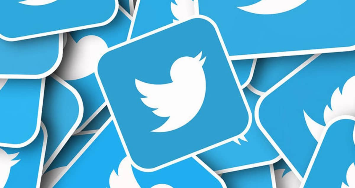 Twitter Badge N20