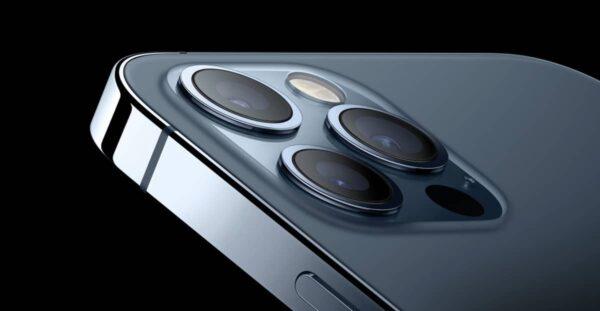 téléobjectif périscopique, iPhone 2023
