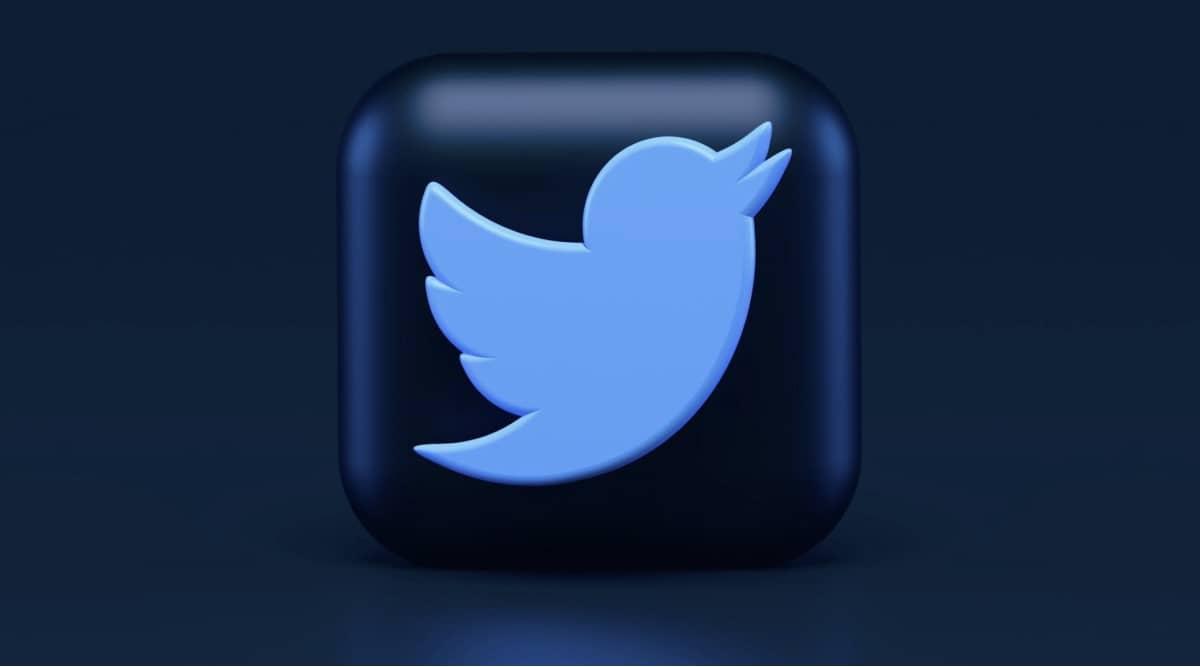 twitter logo m21