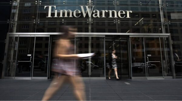Time Warner, Apple
