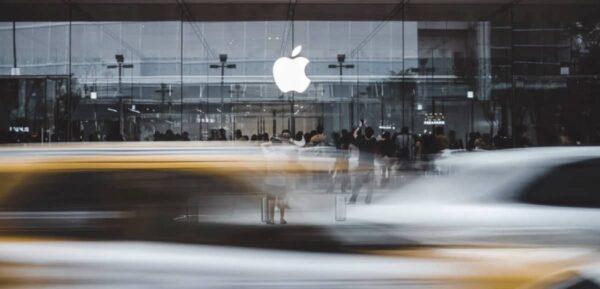 CSAM, manifestations, Apple Store